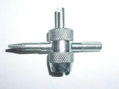 Klíč na motoventilky, závitník, GW1